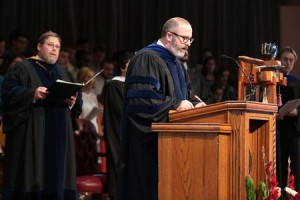 Leading the Union University community in the Apostles' Creed. Image courtesy of Kristi McMurry Woody.